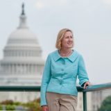 Portrait-Woman-Business-Washington-DC-Photographer-Liz-Roll